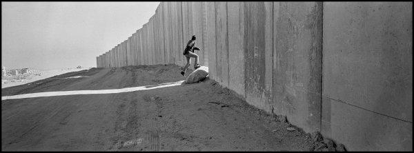 http://www.france-palestine.org/IMG/jpg/Towell_2_2_.jpg