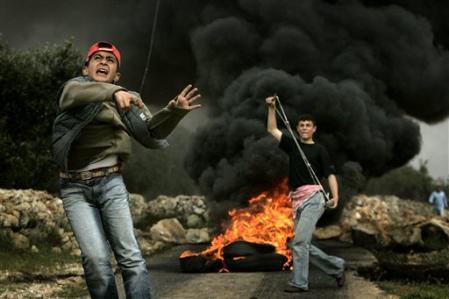 http://www.france-palestine.org/IMG/jpg/bil_in_8_4_2005.jpg
